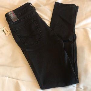 NWT Aeropostale Skinny Jeans Jeggings Size 2 Black